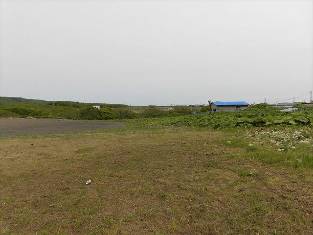 釧路市桂恋192-2他_道路から東に向かって